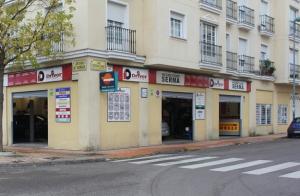 http://oferplan-imagenes.hoy.es/sized/images/bfachada9-300x196.jpg